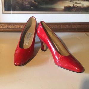 Bandolino low heels